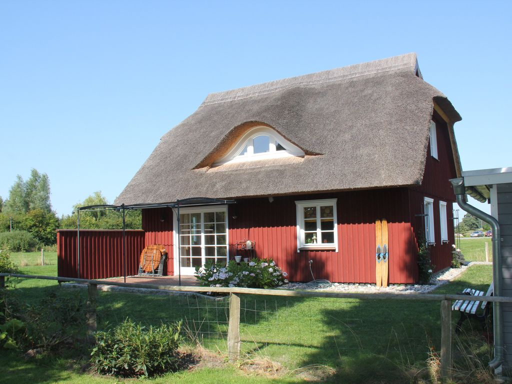 Idyllic rural vacation house in bodden homeaway neuendorf heide - Vacation houses in the countryside ...