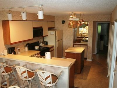 Isle of Palms villa rental - Eat-in Kitchen