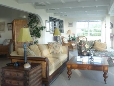 Front sunroom with fantastic views of Grace Bay! Feel the gentle breezes