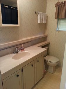 Homosassa cabin rental - Bathroom