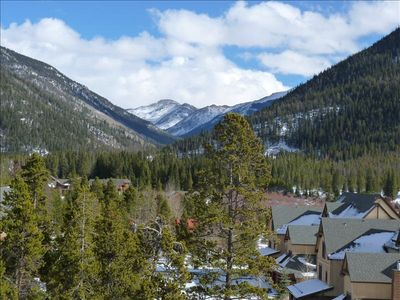Keystone Condo - 4 Minute Walk to Gondola - Mountain Views