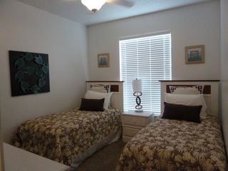 North Padre Island condo photo - Second bedroom with twin beds.