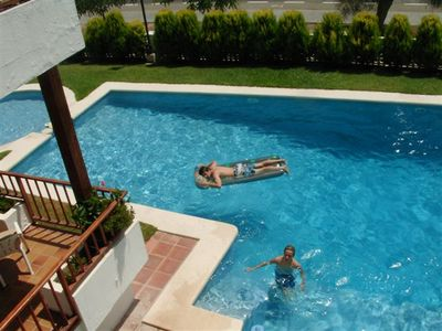 Aguilas villa rental - large pool with circular baby pool and Roman step