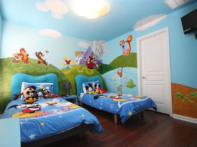 Luxury 5 Stars Home w/Princess & Mickey Themed Rooms, Game Room Private Pool/Spa