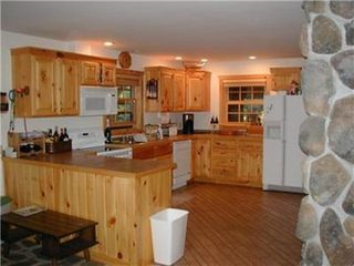 Wisconsin Dells house photo - Fully-equipped open kitchen for gathering