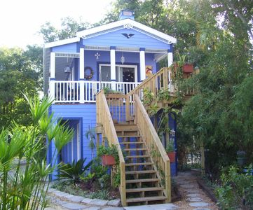 Beautiful Brand New Fig Tree Cottage in Historic Downtown St. Augustine