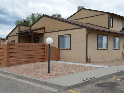 Mesa View Townhouse,  Central Location to All The Grand Valley Has to Offer!