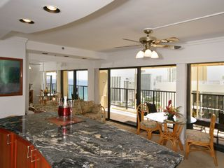 Waikiki condo photo - Smell sweet ocean breezes with your morning coffee