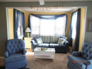 Cape May house photo - Living room has queen size sofa and 32 in flat screen TV/DVD