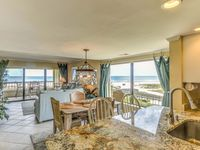 Beautiful Oceanfront Condo With Breathtaking Beach Views