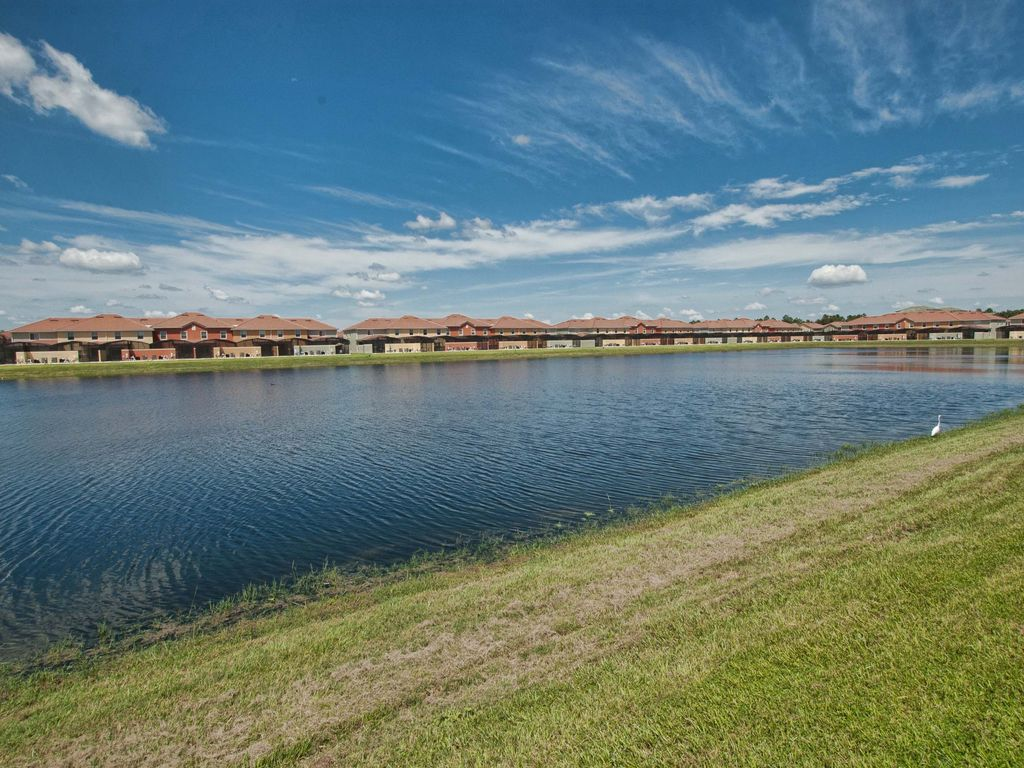3029 lake front close to clubhouse professionally for Lake front view