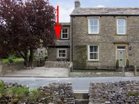 FERN COTTAGE, pet friendly, with a garden in Kettlewell, Ref 4067