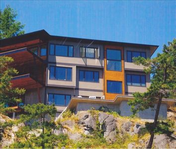 Gibsons hotel rental - Eagle Bluff Retreat from the water