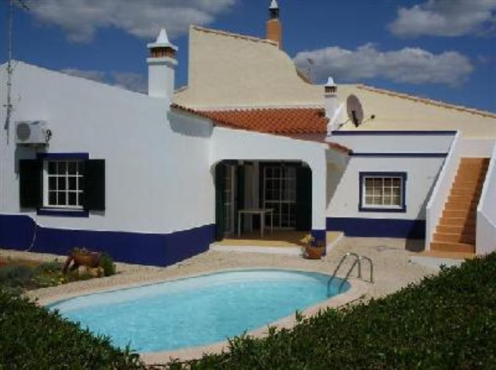 House, 110 square meters, close to the beach