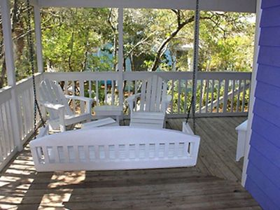 Giants Roost Porch - Cottage Rental Agency Seaside, Florida