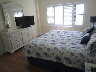 Wrightsville Beach condo photo - Master Bedroom