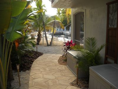 Walkway to guest quarters