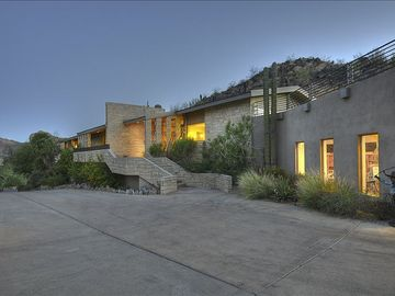 Paradise Valley estate rental - Front View