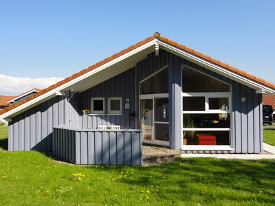 Comfort House for 4 people., 250 m from the dike, sauna, fireplace, WiFi, canoe