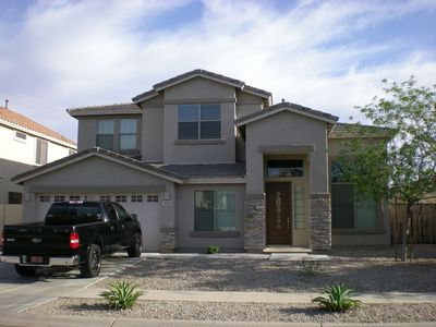 4 bedroom upscale Glendale vacation home.
