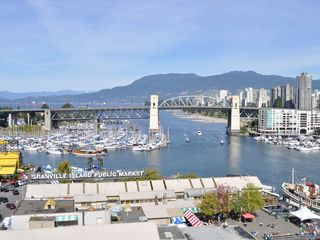 Vancouver townhome photo - Granville Market Public Market and Marina just minutes away