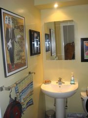 Brooklyn townhome photo - Half bath for your guests