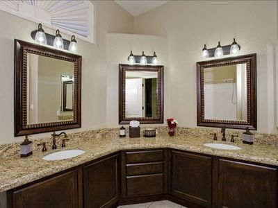 2nd Full Bathroom has his & her sinks and plenty of space to move around!