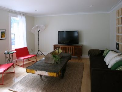 Living Room with 46' LCD TV