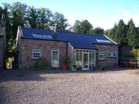 Fabulous Cottage In Pretty Setting Very Near The Hadrians Wall