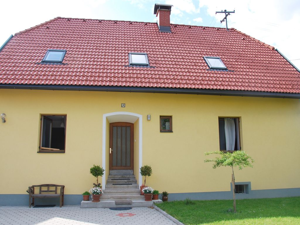 Holiday house, 100 square meters , Villach