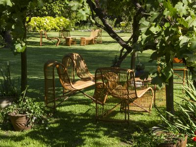 Chilean Charm and Relaxing Atmosphere Just a Short Drive away from Santiago!