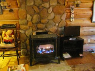 Mackinaw City cabin photo - New Flat Screen TV and Fireplace