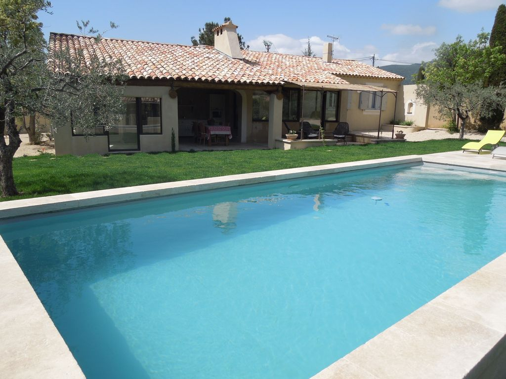 Air-conditioned house, close to the beach , Lourmarin