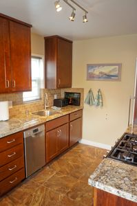 newly remodeled full size kitchen