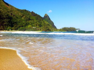 Hanalei house rental - Nearby Tunnels Beach