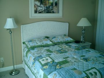 Typical BR suite, queen bed, 2nd floor.