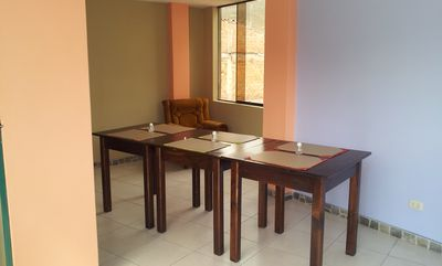 breakfast area (common area)