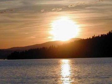 Sunset on Lake Coeur d'Alene!