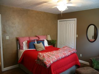 Robbinsville house photo - Hang your spurs in the Cowboy Room...Queen bed. Shared full bath w/green room.