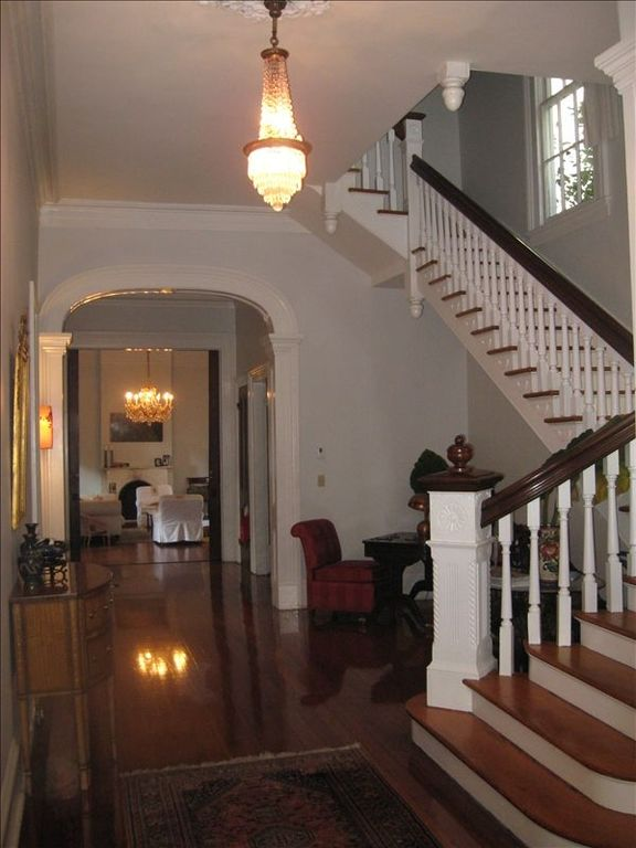 Foyer Office Phone Number : Touro house rental elegant historic garden district home