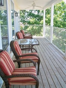 Spacious Balcony overlooking Lake Hamilton