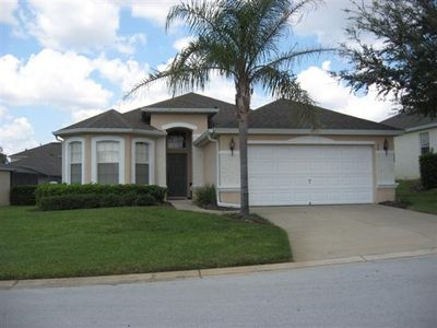 4 bed Home with private pool, free wifi, close to Disney