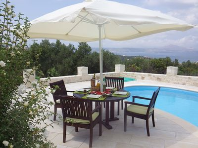 Secluded comfort; 2-bed/bath villa, amazing views, pool, close to Almyrida beach