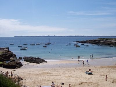 Sea view house 8 pers. direct access to sandy beach facing Groix