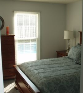 Fourth Bedroom-Queen bed