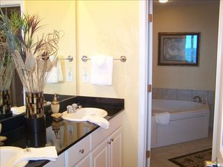Gulf Shores condo photo - Master bath with whirlpool tub, glass shower