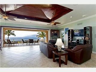 Lahaina house photo - Open-Air Living Area