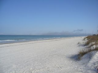 Indian Rocks Beach condo photo - Beach right out your front steps (looking North)
