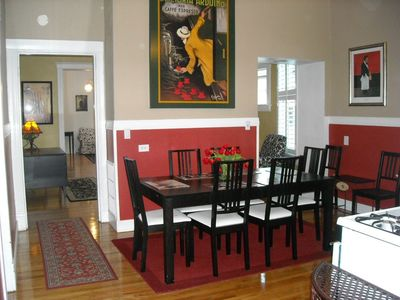 Napa house rental - From kithcen area into family room and living area