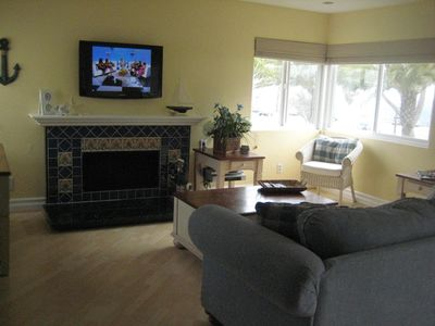 Dana Point condo rental - Cottage- Living Room with panoramic ocean view